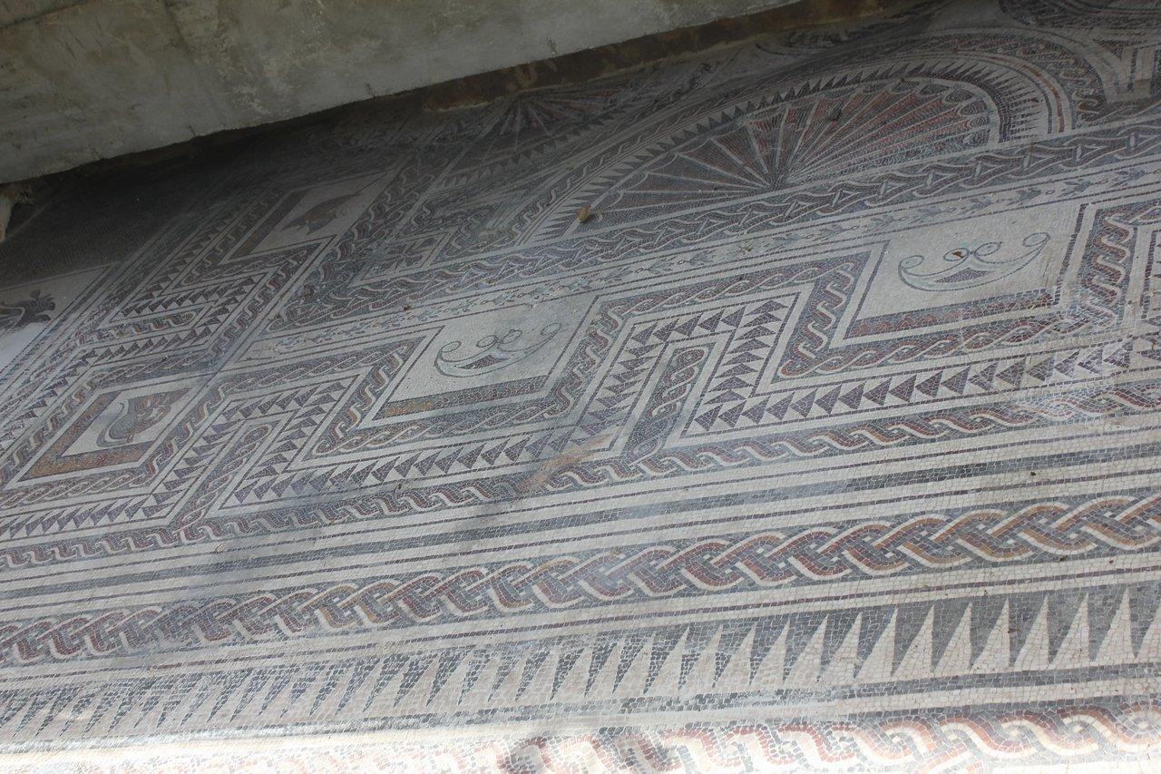 mosaico romao